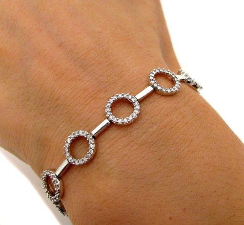 gold tennis bracelet