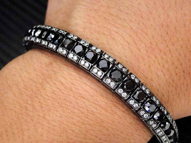 28 30 Carat Diamond White Gold Tennis Bracelet