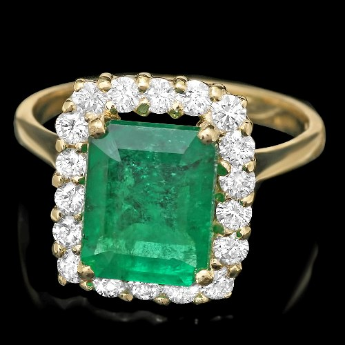 Green Emerald Ring In 14k Yellow Gold For Sale