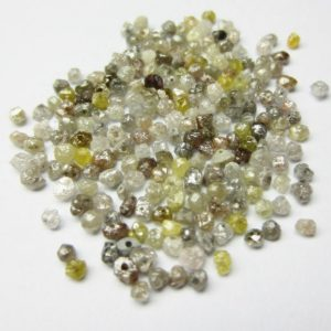 Natural mixed color rough loose diamond