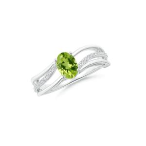oval cut peridot ring