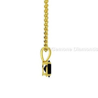 oval shape solitaire pendant with 14k yellow gold