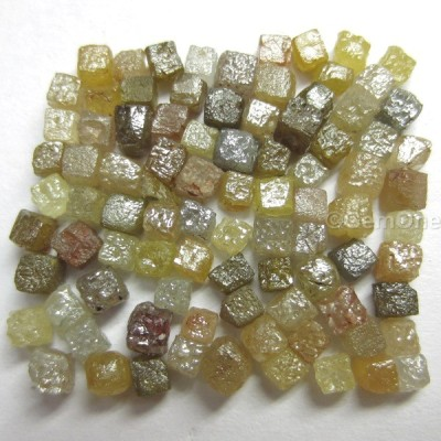 lot of natural rough diamond