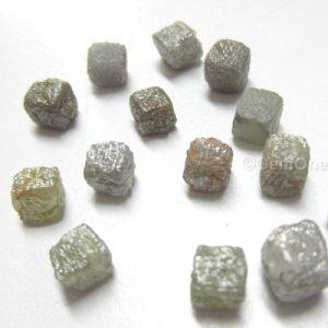 natural rough uncut raw diamonds