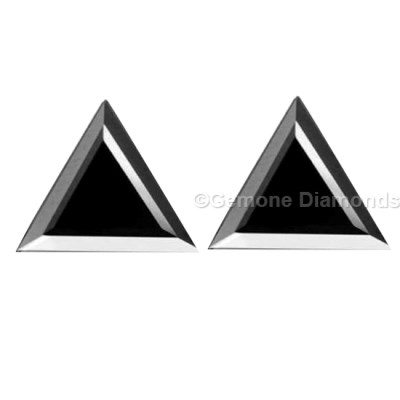 pair triangle black diamonds