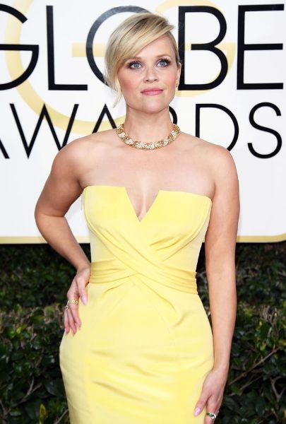 Reese Witherspoon The Golden Globes 2017 Best Jewelry Moments