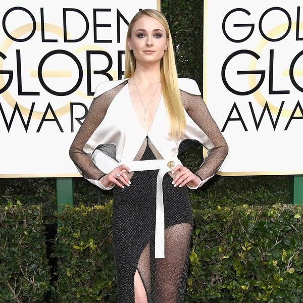 Sophie Turner The Golden Globes 2017 Best Jewelry Moments