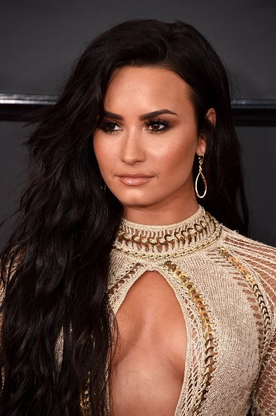Demi Lovato David Yurman Jewelry Best Grammy Jewelry Moments 2017