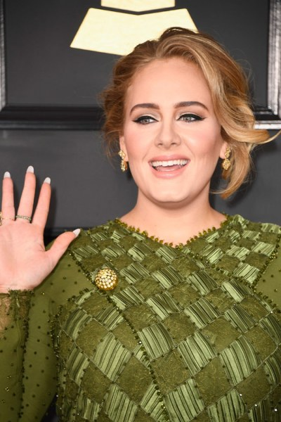 Adele in Lorraine Schwartz Jewelry Best Grammy Jewelry Moments 2017