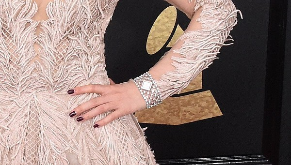 Jane Zhang Best Grammy Jewelry Moments 2017
