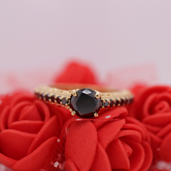 1.50 Carat Black Diamonds Engagement Rings In Yellow Gold