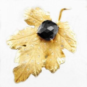 black diamond sculpted leaf pin