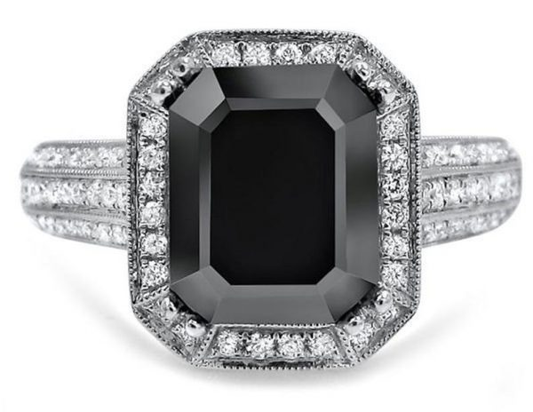 3ct emerald cut halo diamond engagement ring