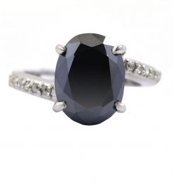 oval shape black diamond ring