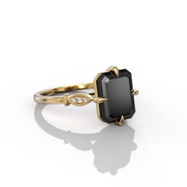 4ct emerald cut ring