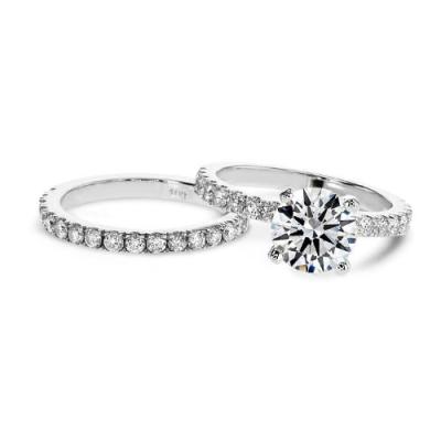 round brilliant cut white diamond bridal set