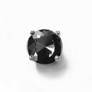 black diamond stud earring