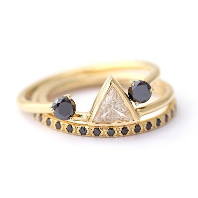 triangle diamond bridal ring set
