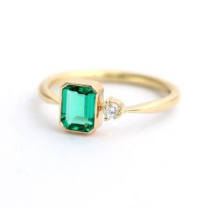 fancy emerald ring