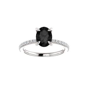 2 carat oval diamond engagement ring