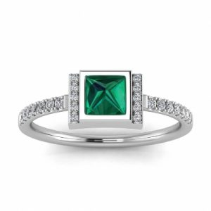 princess cut emerald and diamond ring