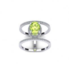oval shaped peridot ring