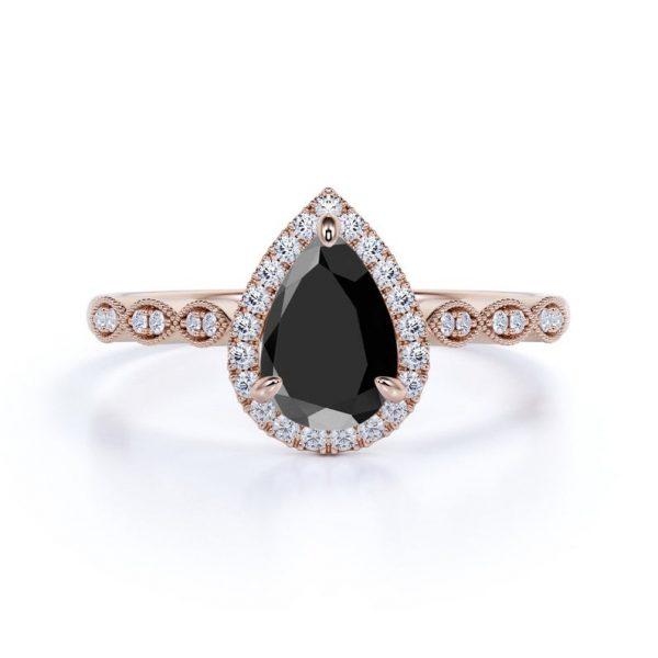pear cut halo ring