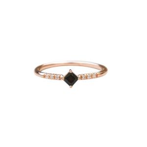 kite diamond ring
