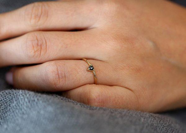 Three prong ring