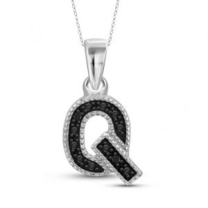 black diamond Q initial pendant