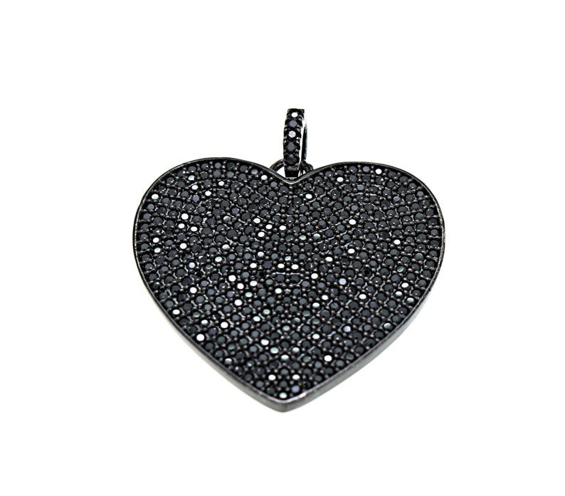 black diamond heart design pendant
