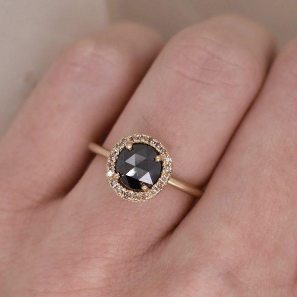 BLACK DIAMOND ROSE CUT RING